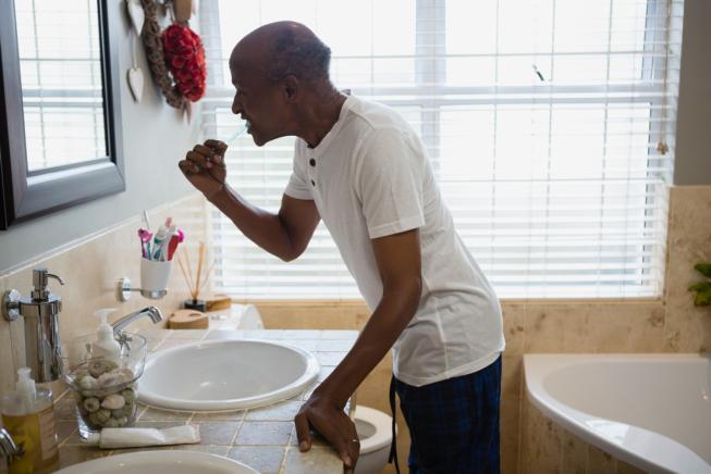Oral Hygiene Tips for Seniors